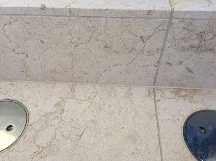 Internal Silicone to Tile Work